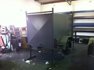 fully enclosed trailers